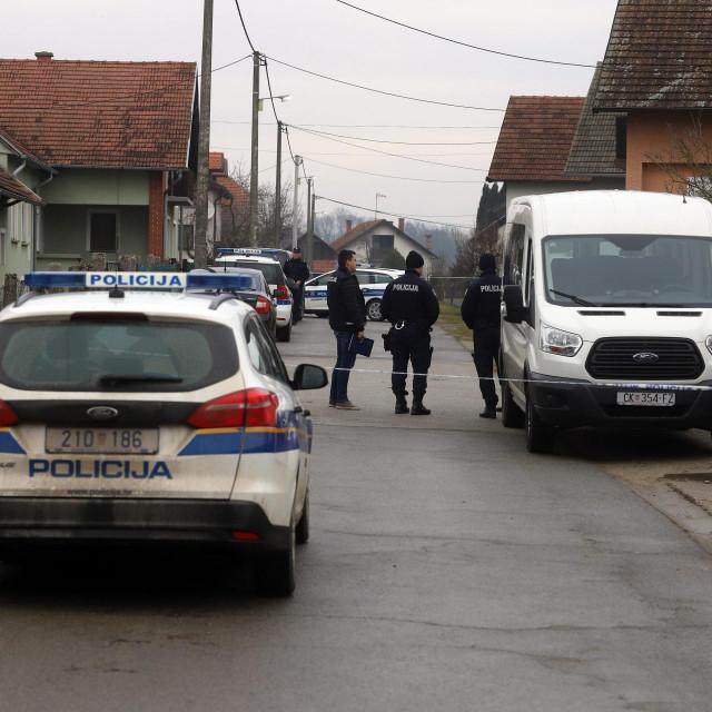 Policijski očevid u Novakovcu