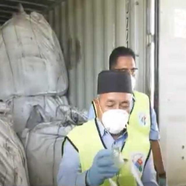 Zapljena kontejnera u Maleziji