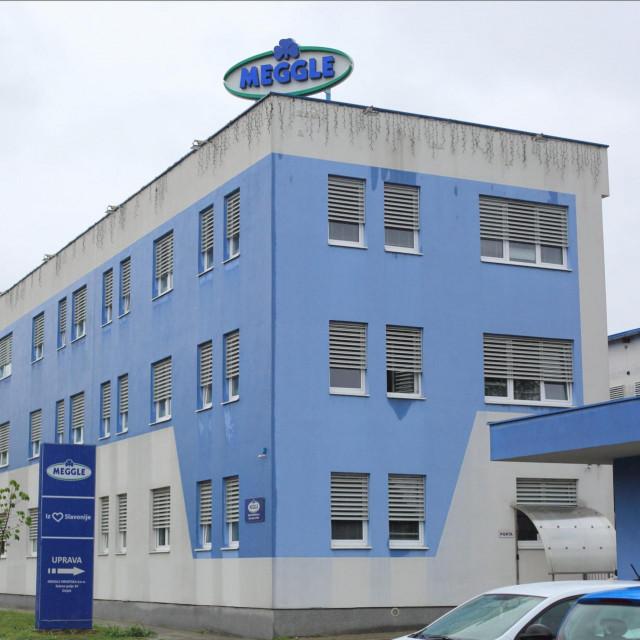 Osijek, 170720.<br /> Tvornica mlijeka Meggle Hrvatska do kraja godine otpustit ce 160 radnika.<br /> Na fotografiji: tvornica Meggle u osjeckom donjem gradu.<br />