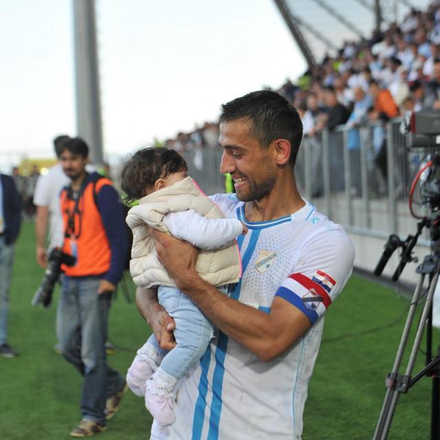 Mate Maleš i kći Lara na Rujevici šampionske 2017. godine