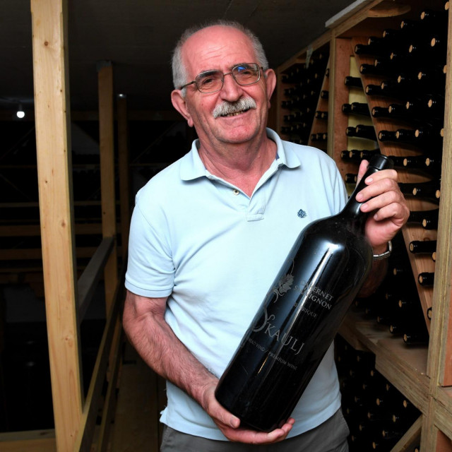 Šime Škaulj,vinar iz Nadina, vlasnik vinograda i vinarije