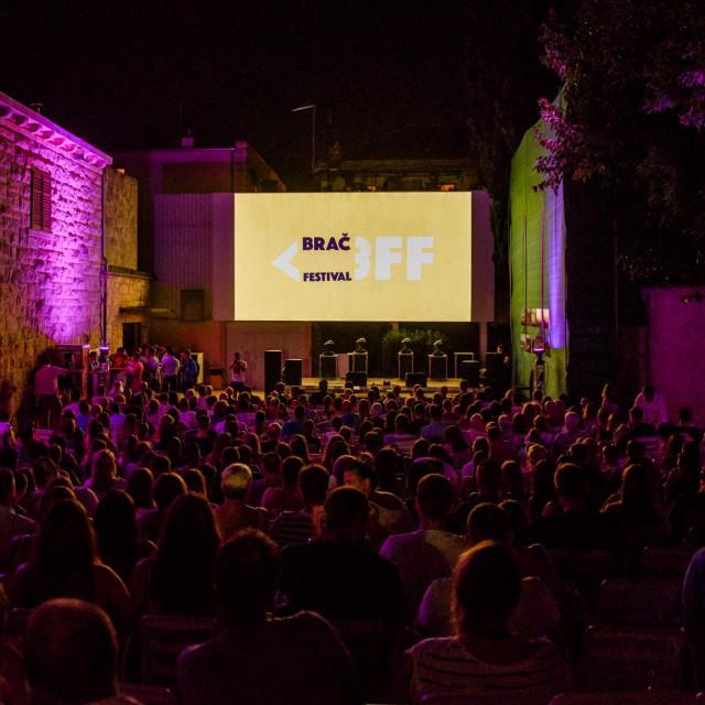 Brač Film Festival održava se u ljetnom kinu u Supetru