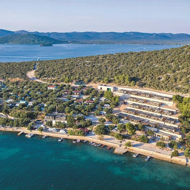 Olivia-Green-Camping- luksuzni kamp