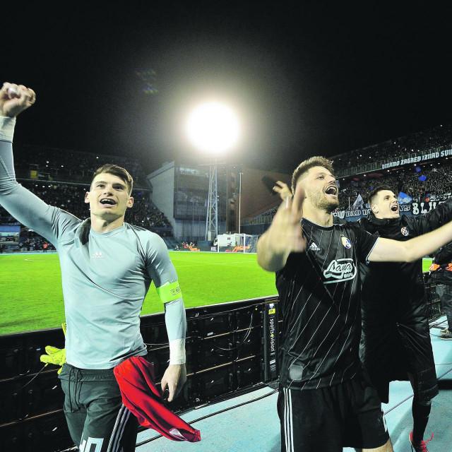 Dominik Livaković i Bruno Petković