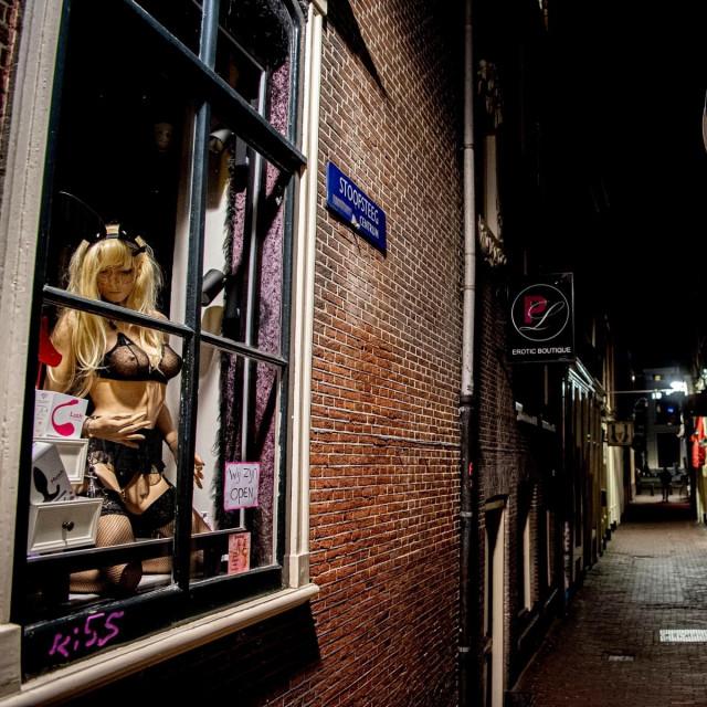četvrt Crvenih svjetiljki u Amsterdamu