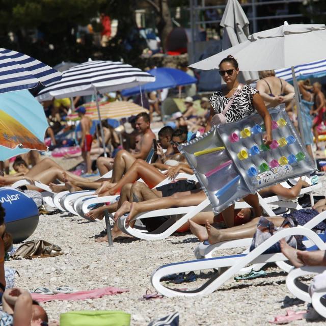Kupači na makarskim plažama 26.7.2020.
