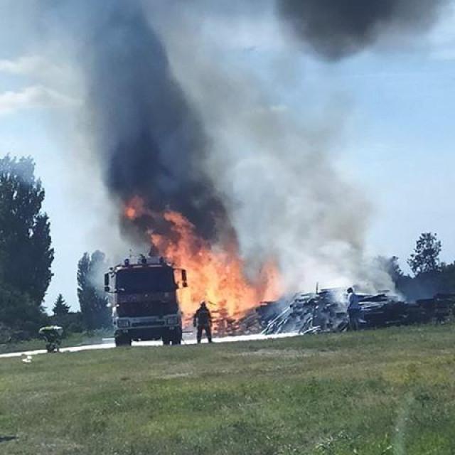 Požar kod Borovog naselja