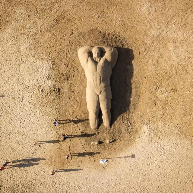Skulpture u pijesku