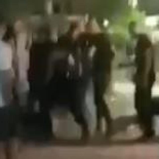 Tučnjava u Makarskoj