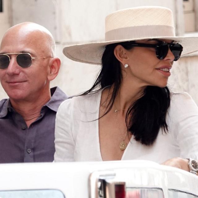 Jeff Bezos i Lauren Sanchez prošlog ljeta u Veneciji.