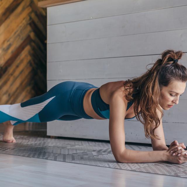 Imate li problema s održavanjem ovog položaja, počnite s kratkotrajnom vježbom, od pet do deset sekundi
