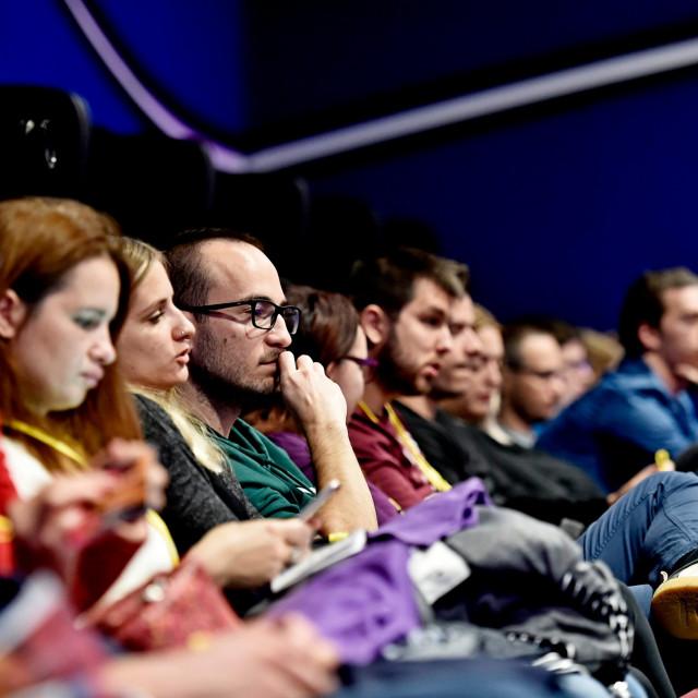 Publika u Cinestaru