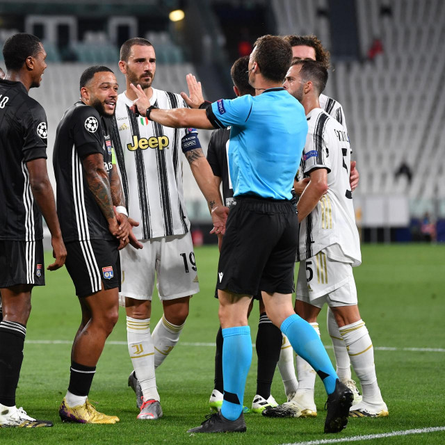 Felix Zwayer na uzvratu Juventusa i Lyona