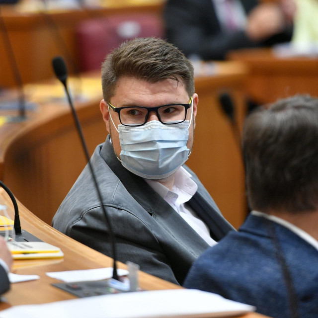 Peđa Grbin - prvi favorit za novog predsjednika SDP-a