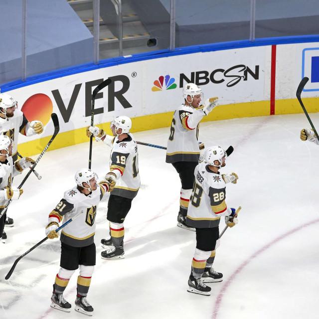 Slavlje hokejaša Vegas Golden Knightsa nakon pobjedničkog pogotka