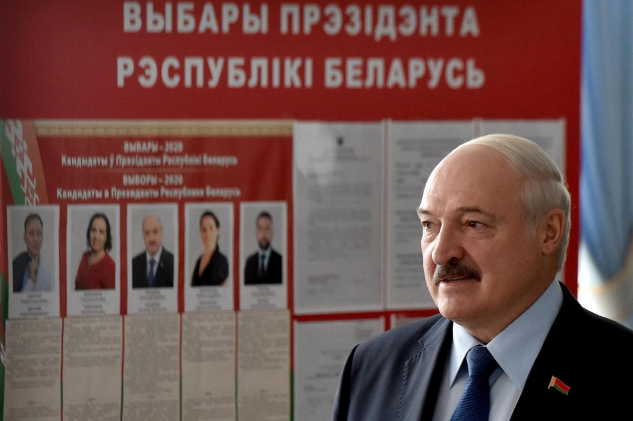 BEZ IZNENAĐENJA U BJELORUSIJI: Lukašenko ostaje na vlasti, osvojio 80 posto glasova