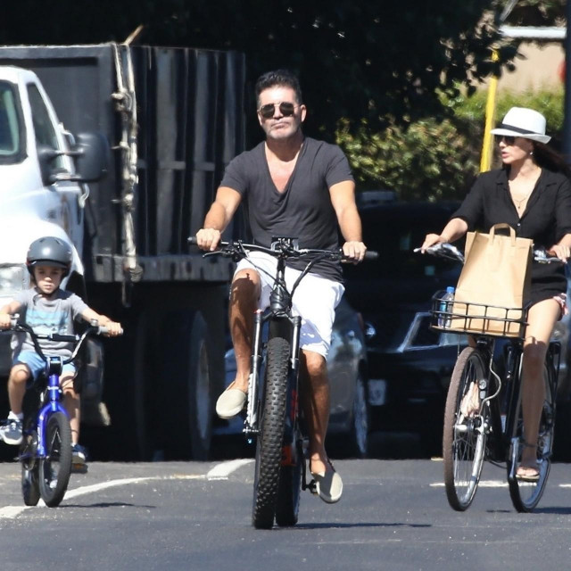 Simon Cowell s djevojkom Lauren Silverman i sinom Ericom