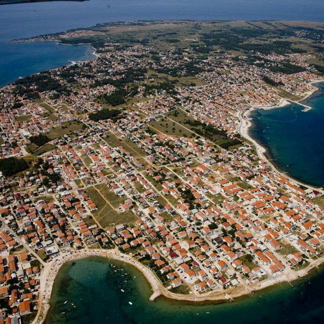 Otok Vir, arhivska fotografija