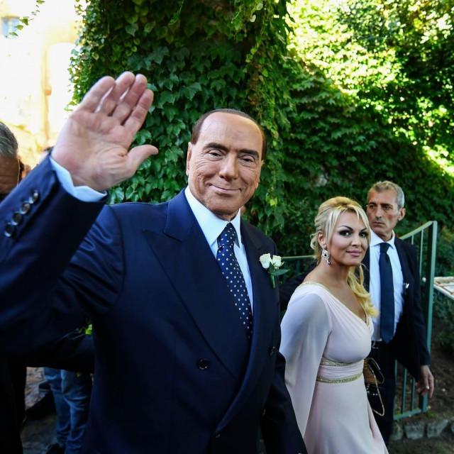 Silvio Berlusconi i Francesca Pascale