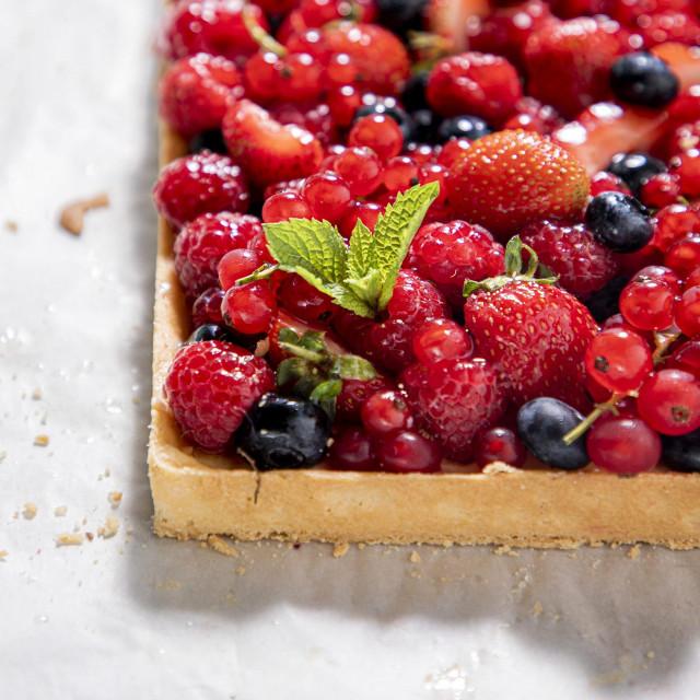 Ljetni voćni tart