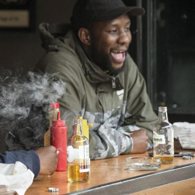 Uživanje u piću i cigaretama nakon ukidanja zaabrana