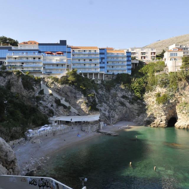 Plaža ispred Hotela Bellevue opet je sigurna za kupanje