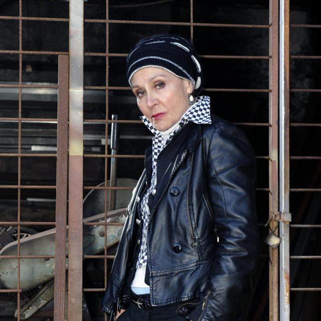 <br /> Zoja Odak dobila je glavnu ulogu u predstavi Majka Courage i njezina djeca