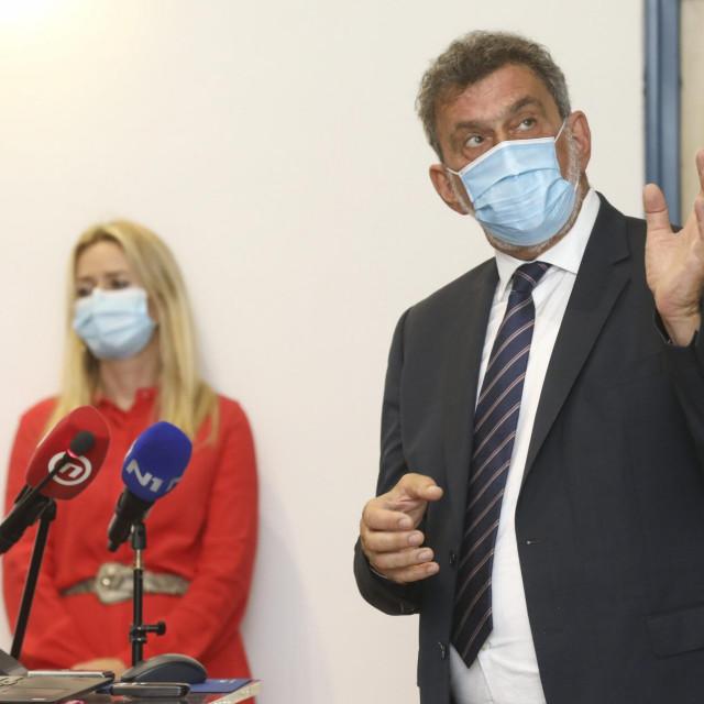 Ivana Pavić Šimetin, Radovan Fuchs