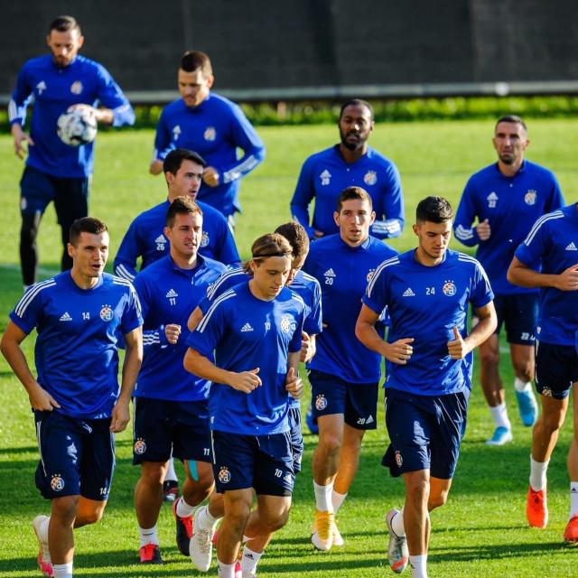 Modri su trenirali na stadionu u Cluju