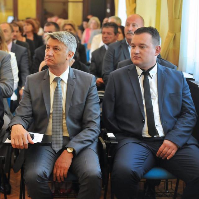 Šime Vicković (sasvim desno)