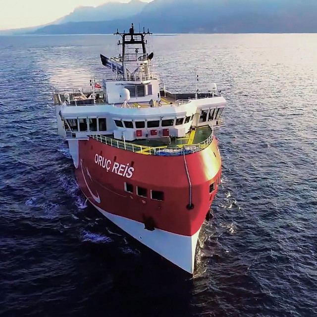 Istraživački brod 'Oruc Reis'