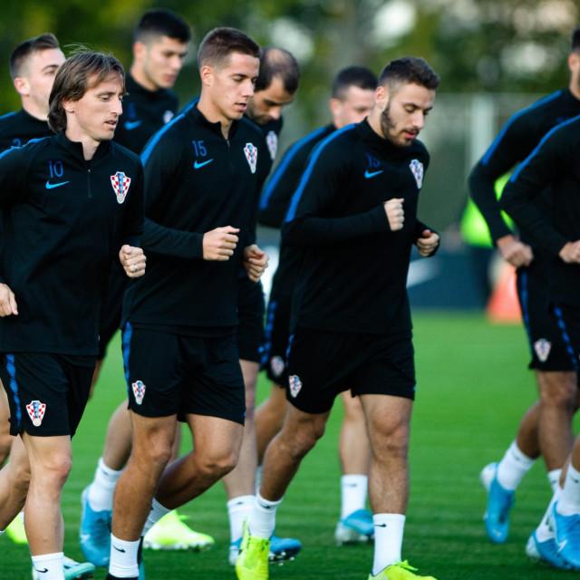 Slijeva nadesno: Luka Modrić, Mario Pašalić i Nikola Vlašić