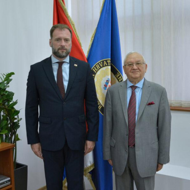 Ministar obrane i ruski veleposlanik