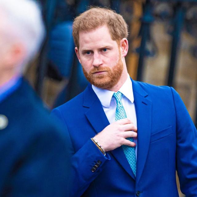 Princ Harry navodno nikada nije bio izgubljeniji