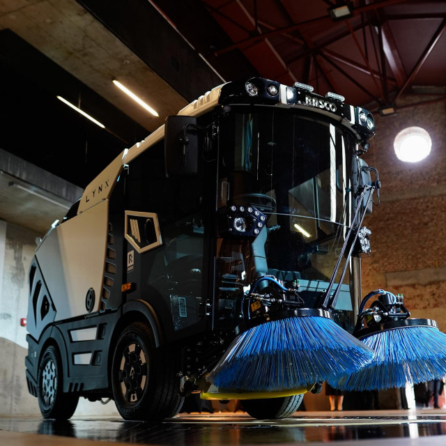 LYNX - Kompaktna čistilica za grad sutrašnjice