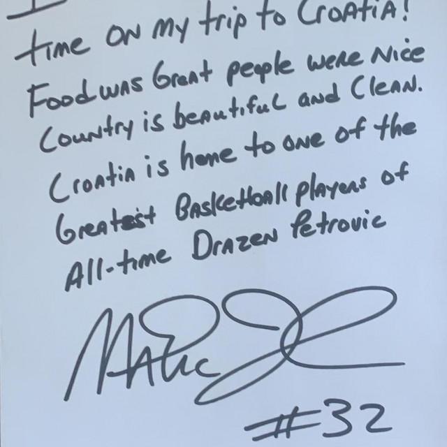Magic Johnson poruka