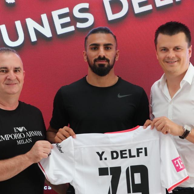 Younes Delfi