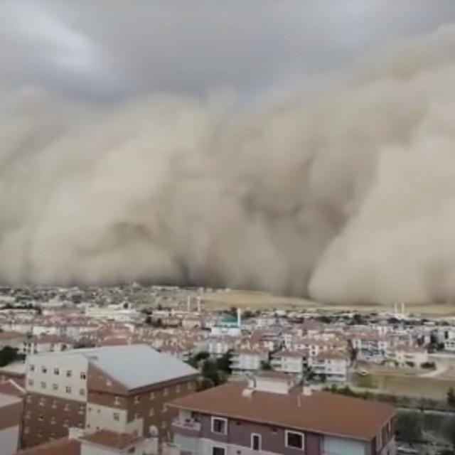 Pješčana oluja u provinciji Ankara