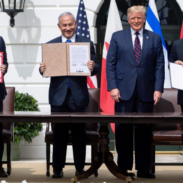Potpisivanje sporazuma u Washingtonu