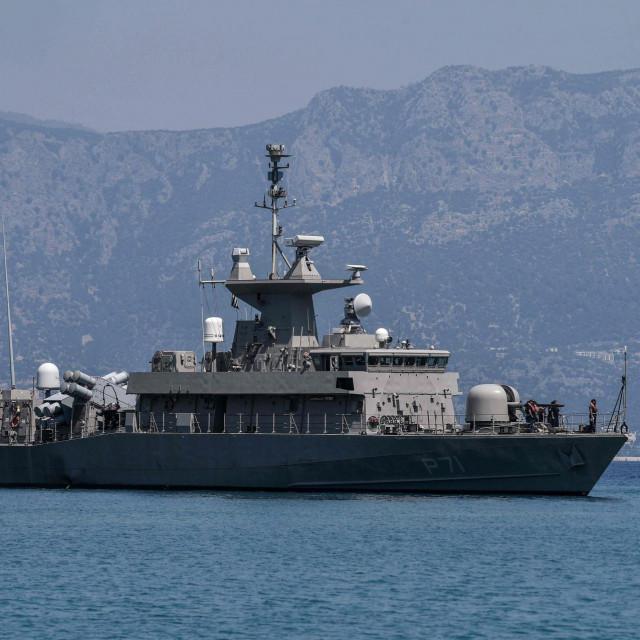 Grčki patrolni brod P 71 HS Ritsos snimljen u blizini otoka Kastellorizoa