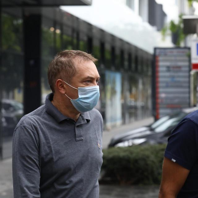 Predsjednika uprave Janafa Dragana Kovačevića istražitelji izvode iz njegove zgrade