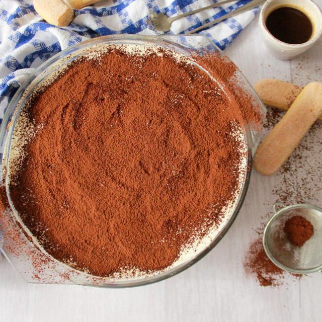 Nedjeljni kolac - Tiramisu s visnjama
