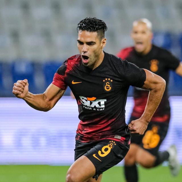 Radamel Falcao (Galatasaray) slavi pogodak protiv Basaksehira