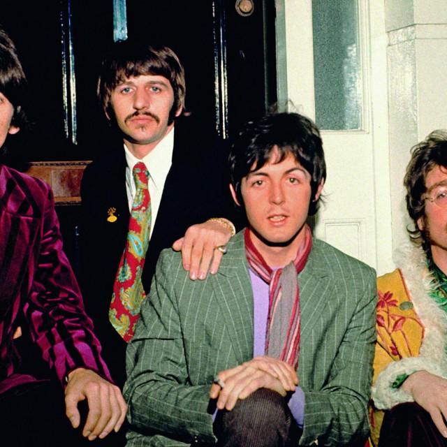 George Harrison, Ringo Starr, Paul McCartney i John Lennon u Abbey Road studiju 1967.