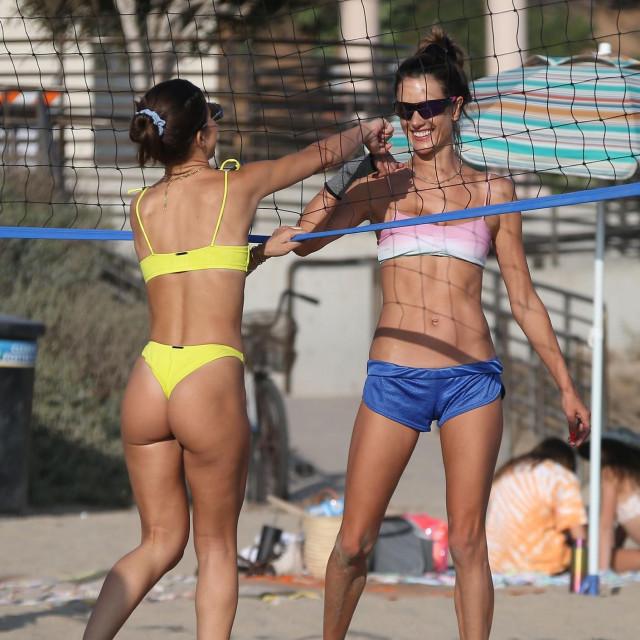 Camila Coelho i Alessandra Ambrosio