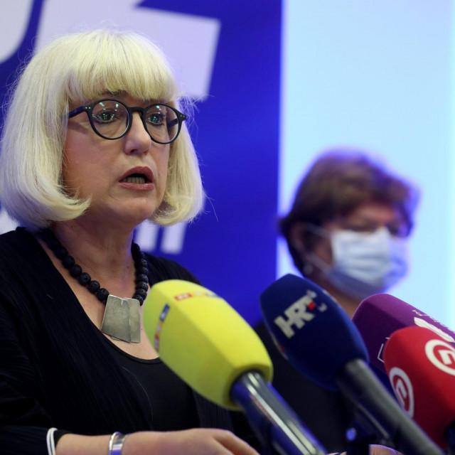 Vesna Bedekovic i Nada Murganić