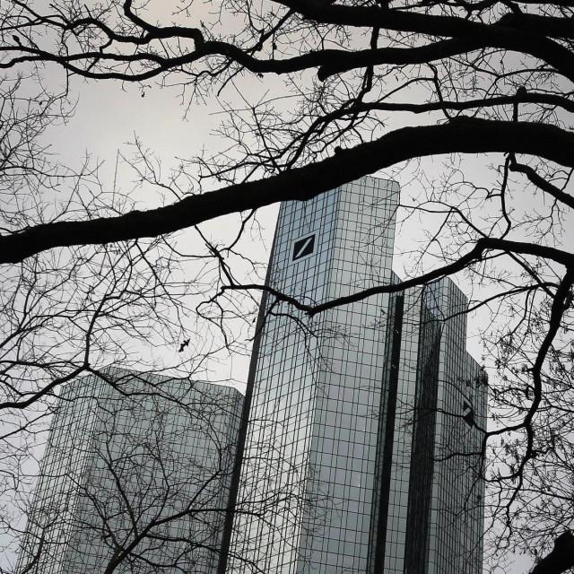 Deutsche bank, zgrada