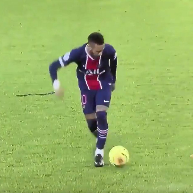 Neymar dribling