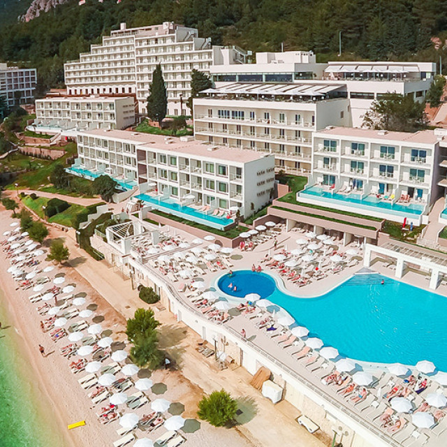 Sensimar-Adriatic-Beach-Makarska-riviera-Dalmatia-ABR-Resort-Beach-View