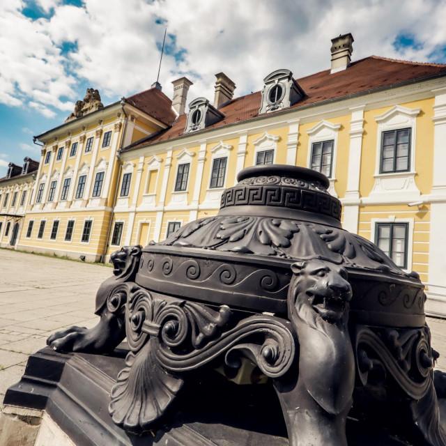 Dvorac Eltz u Vukovaru